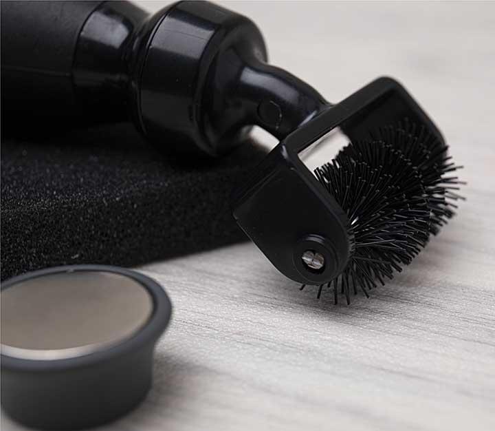 Tim Holtz Die Brush & Pick Accessory Kit - Black
